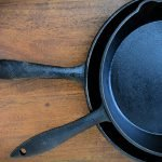 Cast iron is making a comeback, and for good reason! Learn all about the many benefits of cooking with cast iron and you may never cook with anything else again! #castironcooking